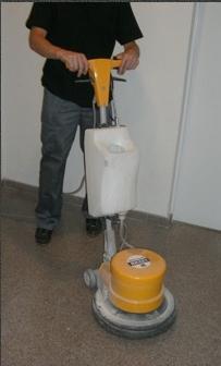 Porqu es necesario pulir y abrillantar los suelos - Pulir terrazo manualmente ...